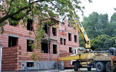 Momentem wykonania usługi budowlanej może być, zdaniem TSUE, podpisanie protokołu odbioru